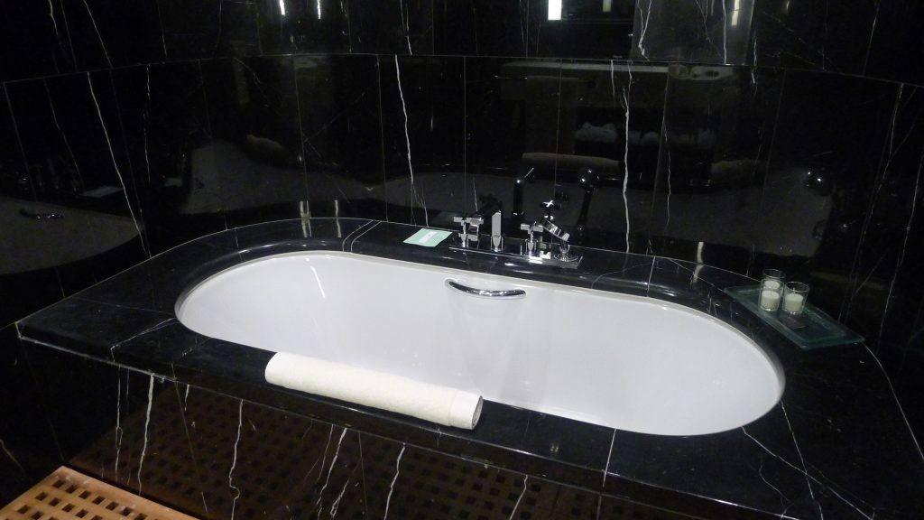 Bathtub. This hotel is divine. More about it later.