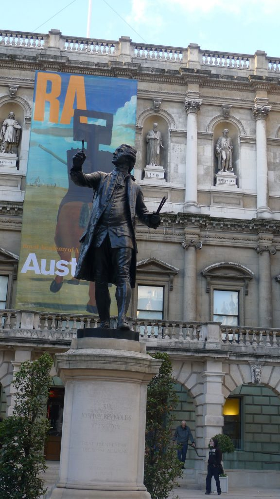 Sir Joshua Reynolds in the courtyard of the Royal Academy.