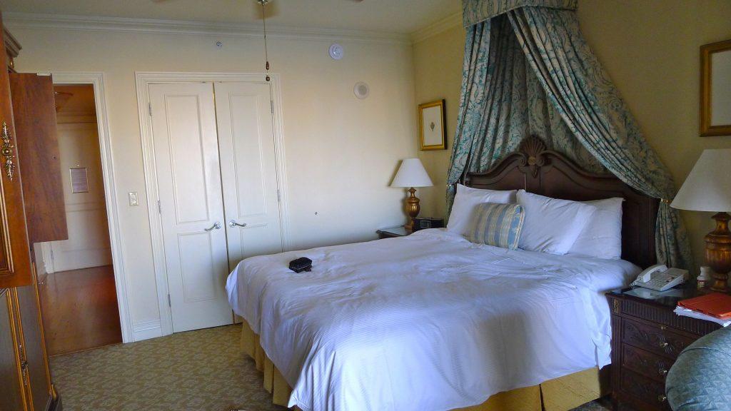 L1080195 room